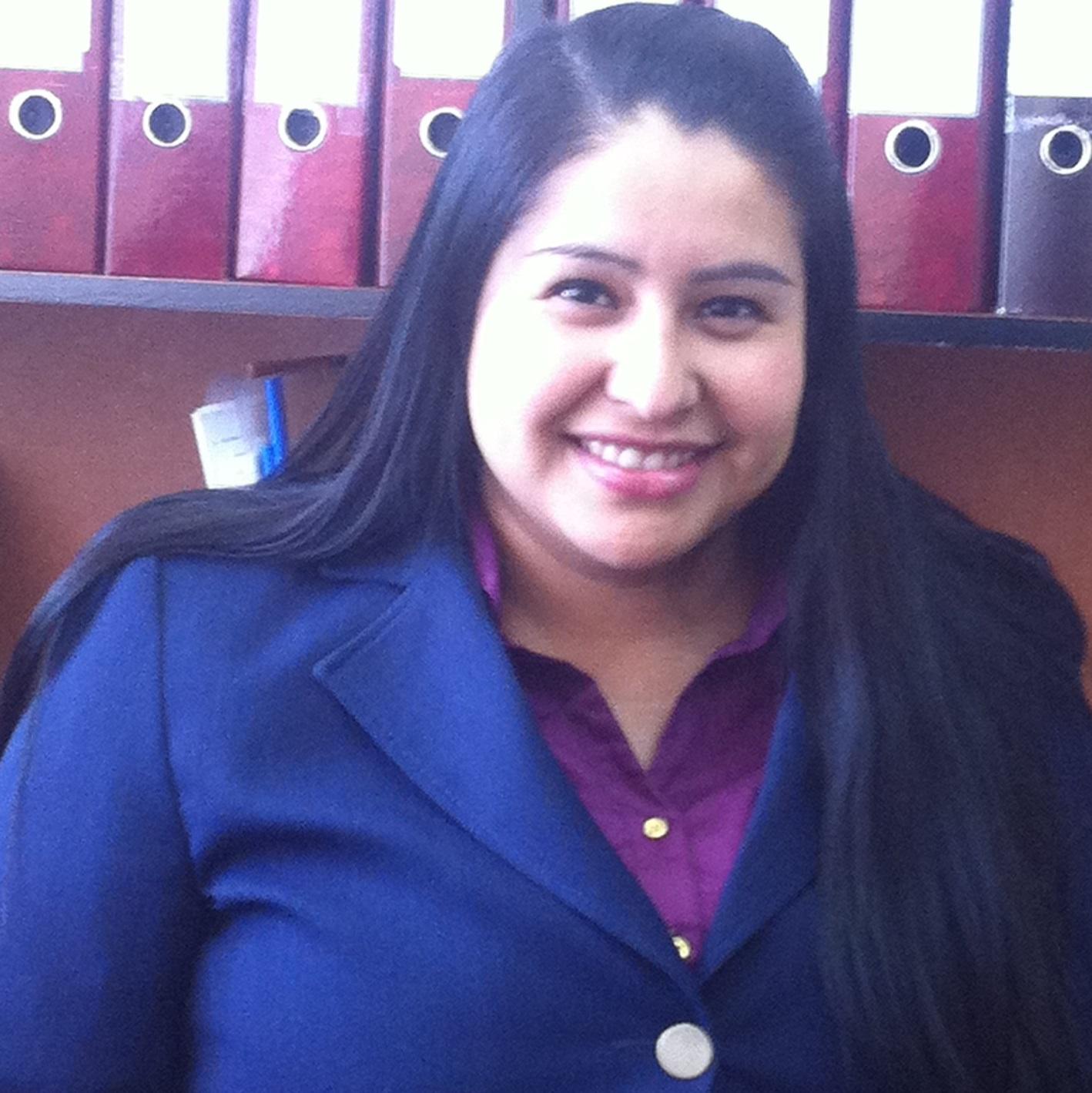 Mónica Flores!
